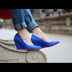 Pour la Victoire Cobalt blue Wedges size 7.5
